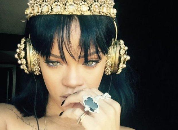 Rihanna casque